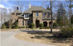 CASTLE-LIKE ESTATE ON 20 ACRES WITH LAKE IN OLIVE BRANCH, MS.